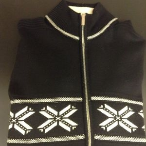 Men's sweater made in Italy. Beautiful and soft.